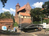 Amfiteatr im. Czesława Niemena w Olsztynie i zamek