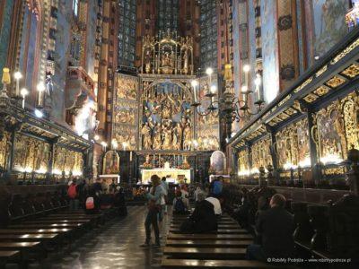 Kościół Mariacki w Krakowie ołtarz
