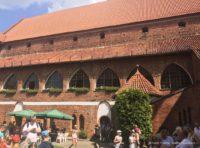 Zamek Kapituły Warmińskiej w Olsztynie dziedziniec